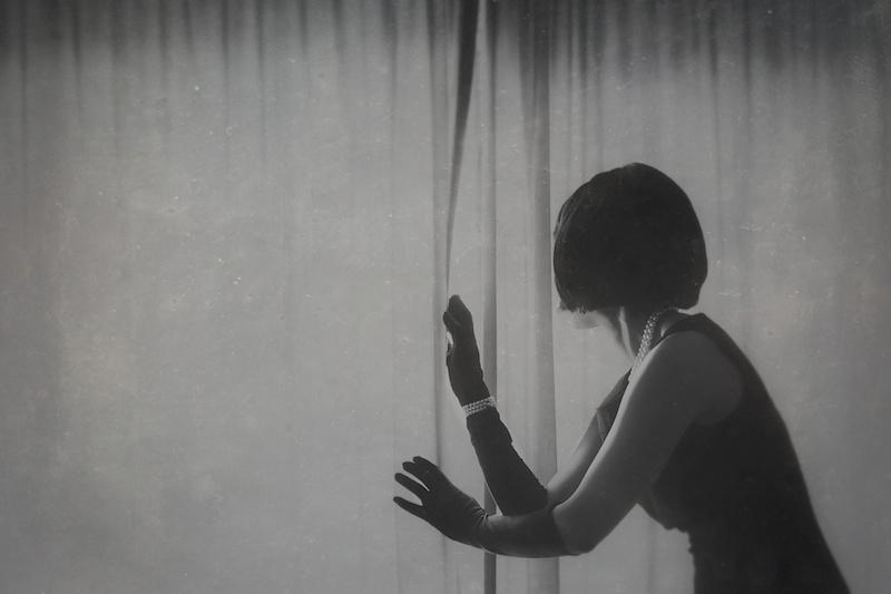 """In A Glasshouse"" di Josephine Cardin"