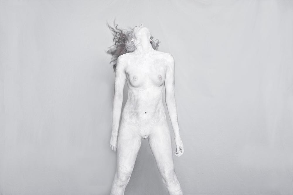 """""""White"""" di Gerardo Riarte"""