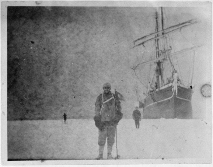 22 negativi non sviluppati trovati in un blocco di ghiaccio in Antartide