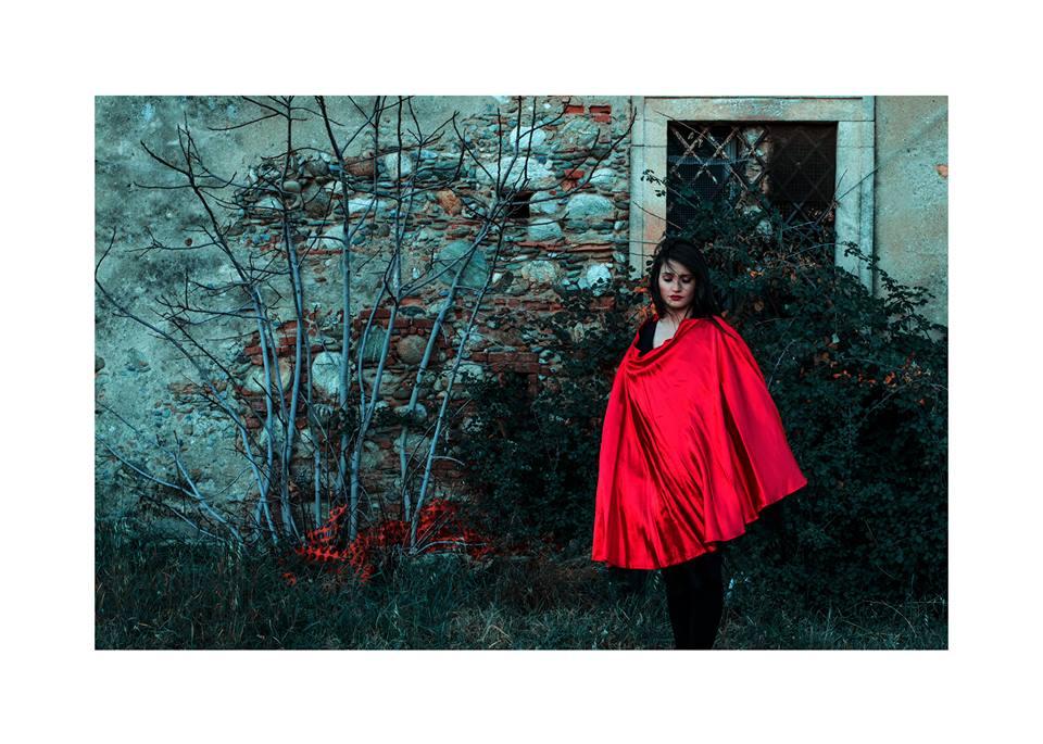The rouge-Equilibrio © Copyright Stefania Sammarro
