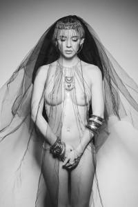 """Melting dot"" © Luca Latrofa. Stylist: Giulia Antinori, Livia De Franco, Giorgia Bove. MUA: Silvia Federici. Model: Gabriella Natale"