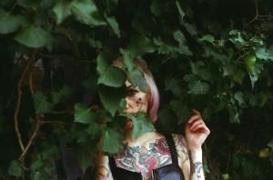 """""""El jardin de miradas que se entrelazan..."""" © Alexander Gonzalez Delgado"""