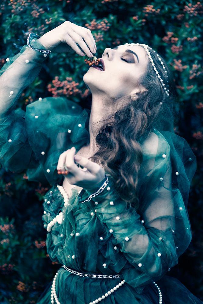 """Fairy Tale"" di Yvonne Vionnet"