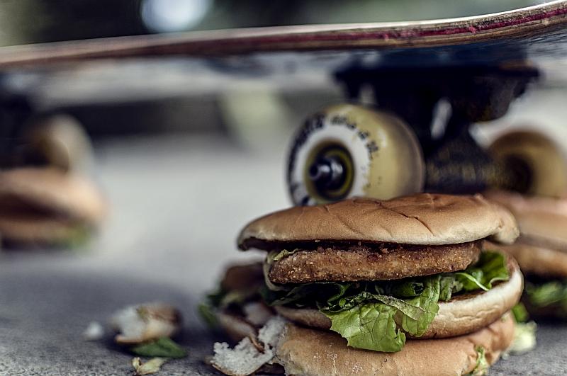 """""""Skate Burger"""" © PeriniCheCombini"""