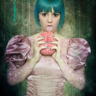 """Dangerous dolls"" di Stefania Casella"