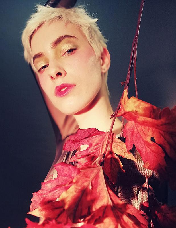 """Sun from the flowers"" © Ilaria Iacovello - stylist: Silvia Campagna - MUAH: Vanessa Vastola"