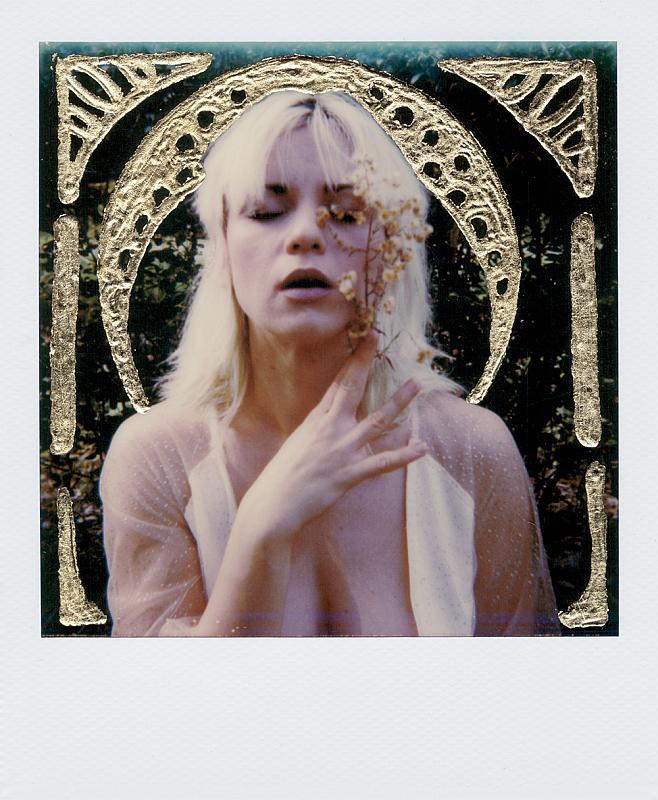"""""""White flower"""" © Alessia Amati"""