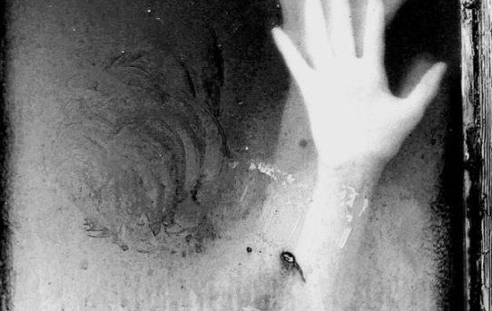 """""""Tempo incatenato"""" di Paola Tornambè"""