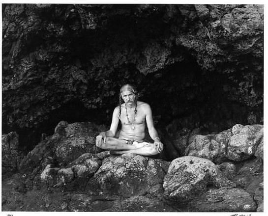 I corpi, paesaggi nelle foto di Walter Chappell